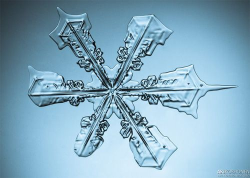 A LOVELY SNOWFLAKE