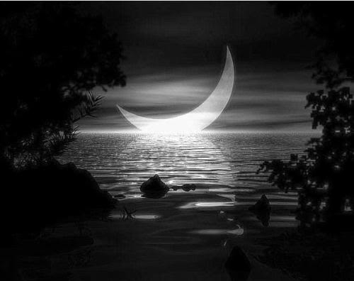 125831-Black-White-Crescent-Moon-On-The-Water