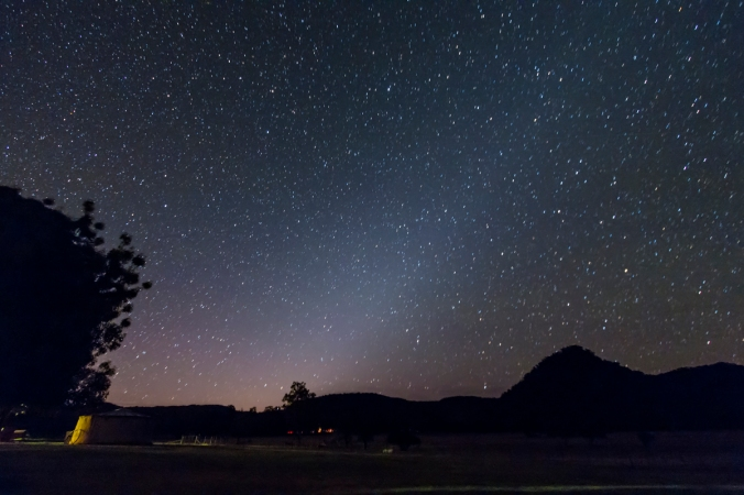 zodiacal-light-southern-spring-evening.jpg