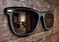 102115-Sunglasses-Mirror