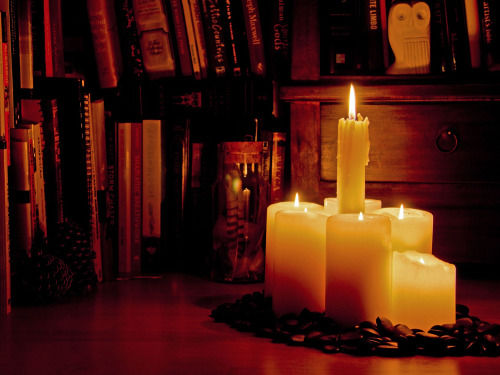 281164-Lit-Candles